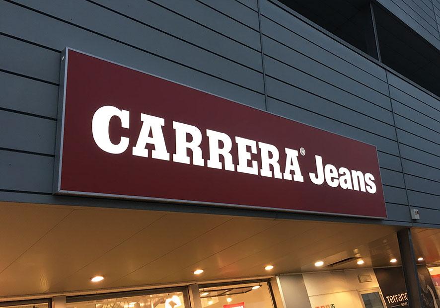 Insegna luminosa Carrera jeans